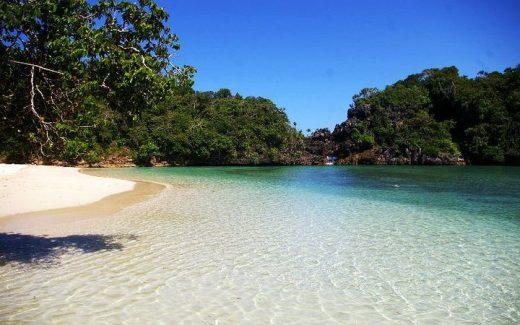 Pulau Sempu image via hd._aisya instagram